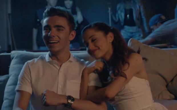 Ariana Grande e Nathan Sykes trocam mensagens fofas pelo Twitter
