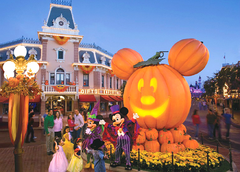 Disneyland-Main-Street-USA-Pumpkin-Festival